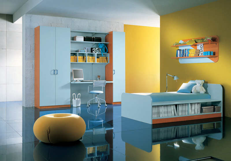blue & yellow kids bedroom