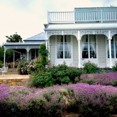 Australia Uncovered: Lake Daylesford Country House