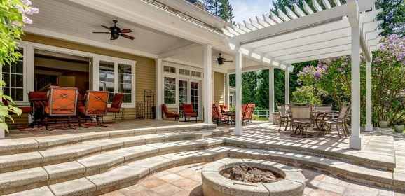 5 Reasons to Invest in a Pergola for Your Backyard
